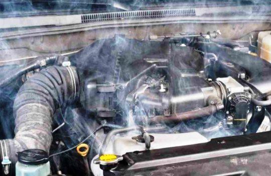 Kenali Penyebab dan Cara Mengatasi Mesin Mobil Overheat dengan Mudah